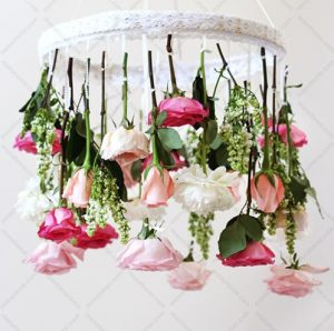 اویزون کردن گل ها