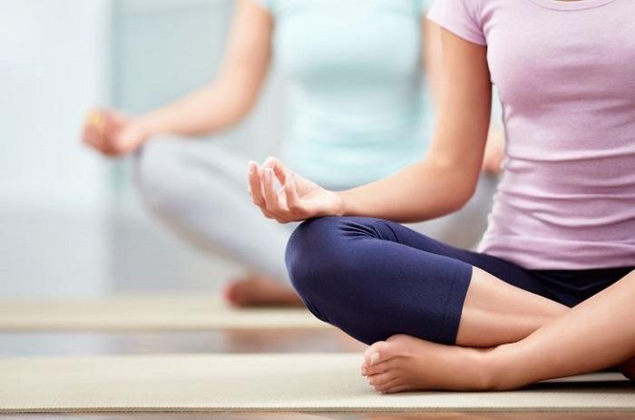 با تمرینات ملایم و کم اثر شروع کنید.