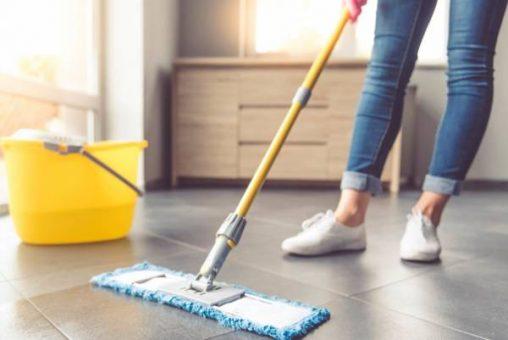 تمیز کردن انواع کف و سرامیک در خانه تکانی قبل از نوروز