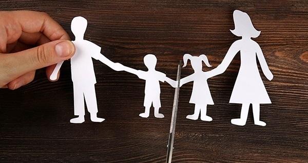 حل-مشکلات-فرزندان-طلاق