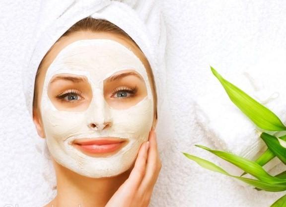 درمان گیاهی لک های صورت پس از زایمان