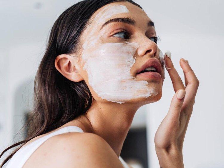راه های درمان و بستن منافذ باز پوست
