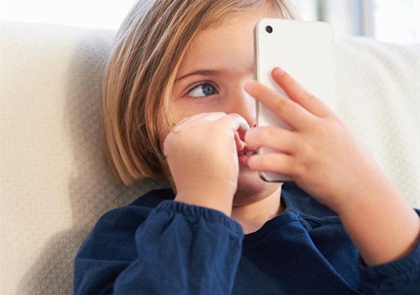 سخنان-دکتر-روانشناس-در-مورد-پیشگیری-از-بلوغ-زودرس-در-کودکان