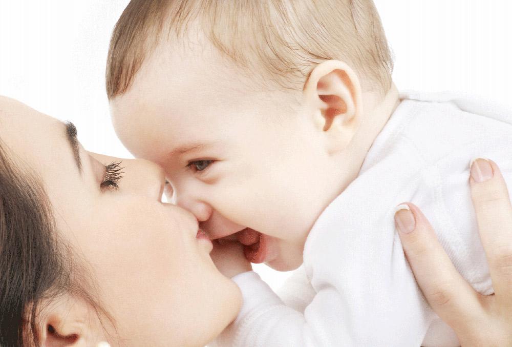 تعداد دفعات شیرخوردن نوزاد
