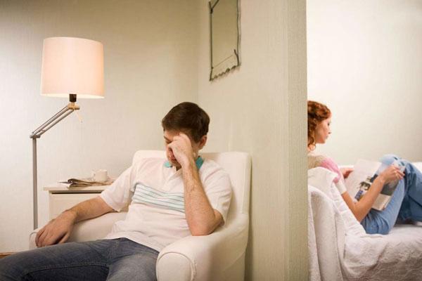 عدم وقت گذراندن با همسر