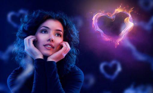 نشانه های عاشق شدن چیست؟