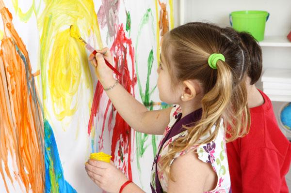 نقاشی و رنگ آمیزی