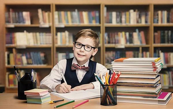 نکاتی-برای-درس-خواندن-فرزند