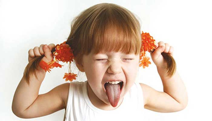 ویژگی کودکان بیش فعال چیست؟