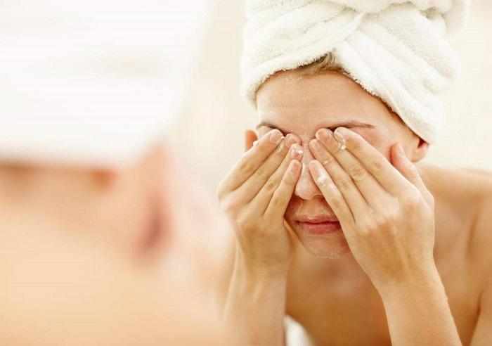 پوست خود را تمیز کنید.