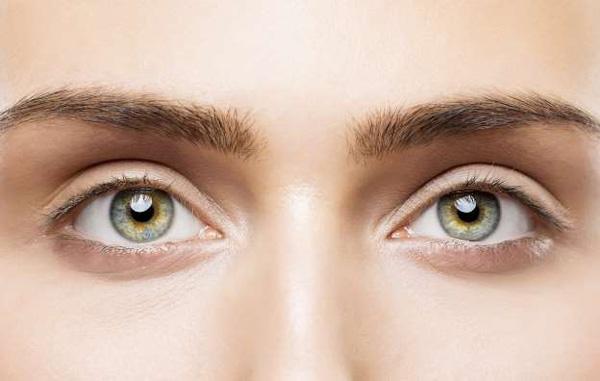 چشم-های-روشن