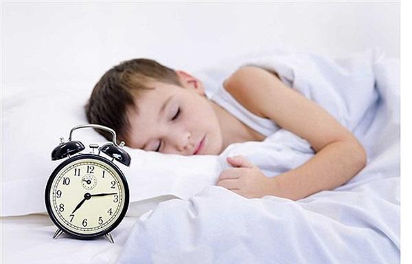 چگونه-صبح-زود-کودکمان-را-برای-رفتن-به-مدرسه-بیدار-کنیم؟-2
