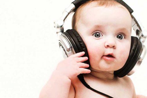 تاثیرهای مثبت و منفی موسیقی بر روی جنین