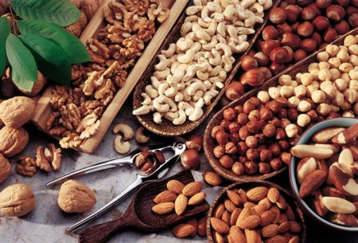the-benefits-of-nuts-consumption-in-norooz